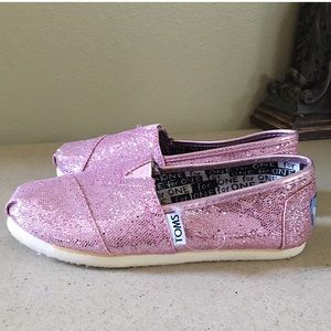 GIRLS PINK GLITTER TOMS SIZE 12.5 YOUTH